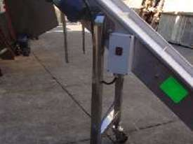 S/S Outfeed Conveyor - picture1' - Click to enlarge