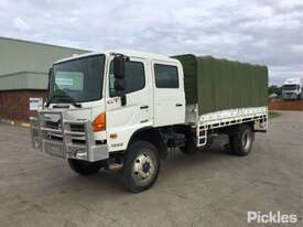 2012 Hino 500 1322 GT8J - picture3' - Click to enlarge