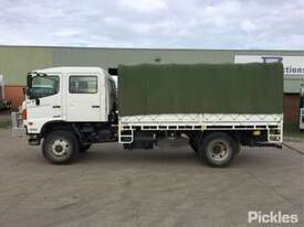 2012 Hino 500 1322 GT8J - picture4' - Click to enlarge