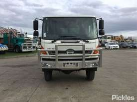 2012 Hino 500 1322 GT8J - picture1' - Click to enlarge