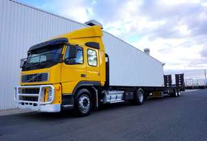 2003 Volvo FM340 & 2018 FWR Tandem Axle Car Carrier Combo