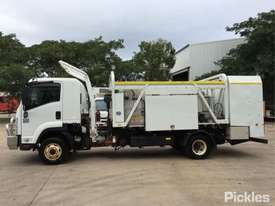 2012 Isuzu FRR600 MWB - picture4' - Click to enlarge