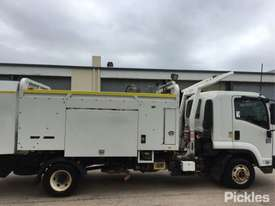2012 Isuzu FRR600 MWB - picture8' - Click to enlarge