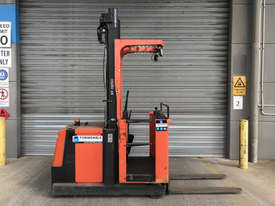 BT OME100M Stock Picker Forklift - picture0' - Click to enlarge