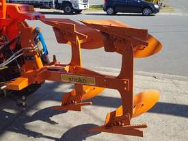 MOLDBOARD PLOW - picture0' - Click to enlarge
