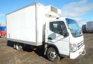 MITSUBISHI CANTER Reefer Truck