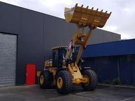 18.5 Tonne Wheel Loader Heavy Duty Hard Mounted Rock Bucket 3.0m3 with Teeth & cutting Edge Segments - picture2' - Click to enlarge