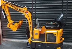 MINI EXCAVATER  1.2 tonne   YANMAR 3 cylinder japan engine