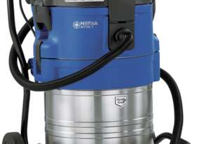 Nilfisk Attix 761-21XC Wet & Dry Industrial Vacuum incl accessories