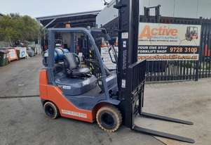 TOYOTA Compact Forklift 8fgk25 low hours Hydraulic Fork Positioner N/M Tyres $15500+gst