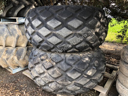 Goodyear 28L-26 Tyre/Rim Combined