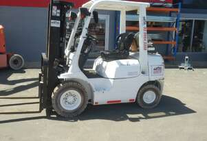 toyota container mast low hours 32-8FG25 42-7FG25