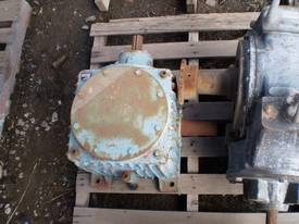 Bevel Helical Gearbox - picture0' - Click to enlarge