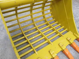 2017 SEC 20ton Sieve Bucket PC200 - picture11' - Click to enlarge