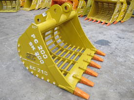 2019 SEC 20ton Sieve Bucket PC200 - picture0' - Click to enlarge