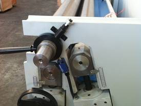 Euro Style 2500mm x 4mm Pinch, Digital Control - picture3' - Click to enlarge