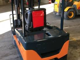 Used Toyota 7FBE20 forklift - picture0' - Click to enlarge