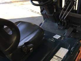 Used Toyota 7FBE20 forklift - picture2' - Click to enlarge