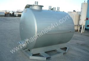 HEAVY DUTY STEEL WATER TANK/ 3000LITRES