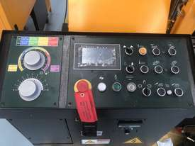 EVERISING H-360HB AUTOMATIC NC BANDSAW   ENCLOSED - picture3' - Click to enlarge