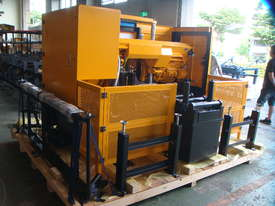 EVERISING H-360HB AUTOMATIC NC BANDSAW   ENCLOSED - picture16' - Click to enlarge