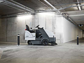 Nilfisk SR1601 Ride-On Industrial Sweeper LPG & Di - picture3' - Click to enlarge