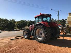 Case IH CVX1170 FWA/4WD Tractor - picture3' - Click to enlarge