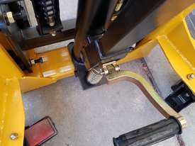 Pallet Jack Lifter Hydralic stacker forklift truck - picture3' - Click to enlarge