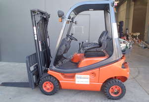 Linde Container Forklift - Price Reduced