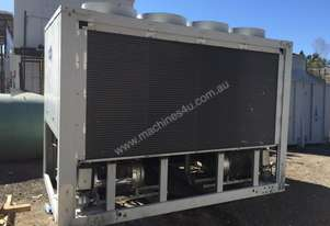 Carrier 30 GX 152 Air Cooled Chiller
