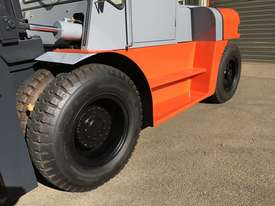 NEW Forklift Diesel 10 ton  - picture7' - Click to enlarge