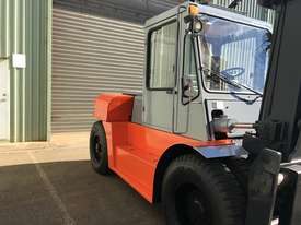 Used Forklift Diesel 10 ton - 40 hours only - picture4' - Click to enlarge