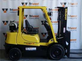 Hyster 2.5t Counterbalance Forklift - picture0' - Click to enlarge