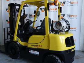 Hyster 2.5t Counterbalance Forklift - picture3' - Click to enlarge
