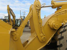 2013 CATERPILLAR 988H WHEEL LOADER - picture6' - Click to enlarge