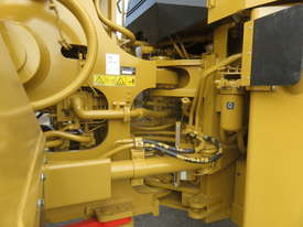 2013 CATERPILLAR 988H WHEEL LOADER - picture8' - Click to enlarge