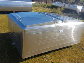 STAINLESS STEEL TANK, MILK VAT 1200 LT - picture1' - Click to enlarge