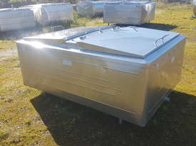 STAINLESS STEEL TANK, MILK VAT 1200 LT - picture2' - Click to enlarge