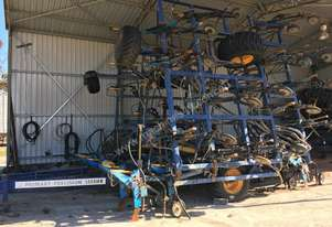 Primary Sales PRECISION SEEDER Air Seeder Seeding/Planting Equip