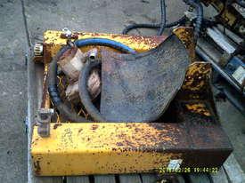 hydrailc 3 stage post driver , hydraulic hammer , 3PL - picture3' - Click to enlarge
