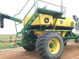 John Deere  Air Seeder Cart Seeding/Planting Equip - picture3' - Click to enlarge