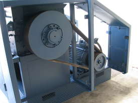 Industrial Heavy Duty Plastic Granulator with Blower 37kW - picture4' - Click to enlarge