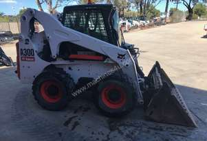 Bobcat A300 All Wheel Steer Loader