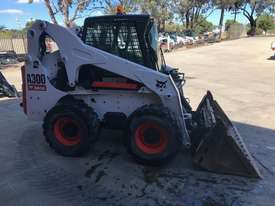 Bobcat A300 All Wheel Steer Loader - picture0' - Click to enlarge