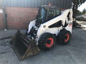 Bobcat A300 All Wheel Steer Loader - picture2' - Click to enlarge