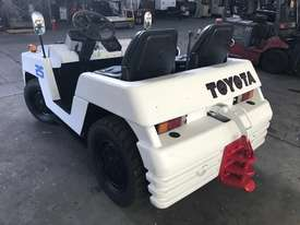 Toyota TD25 Towing Tractor - picture3' - Click to enlarge