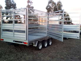 Trailer and Stock Crate - picture0' - Click to enlarge