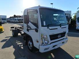 2019 Hyundai MIGHTY EX4 STD CAB MWB Cab Chassis   - picture1' - Click to enlarge
