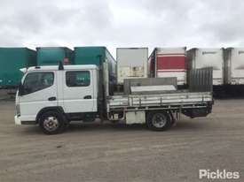 2007 Mitsubishi Canter FE84 - picture4' - Click to enlarge