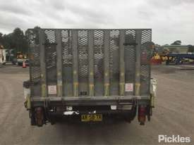 2007 Mitsubishi Canter FE84 - picture6' - Click to enlarge